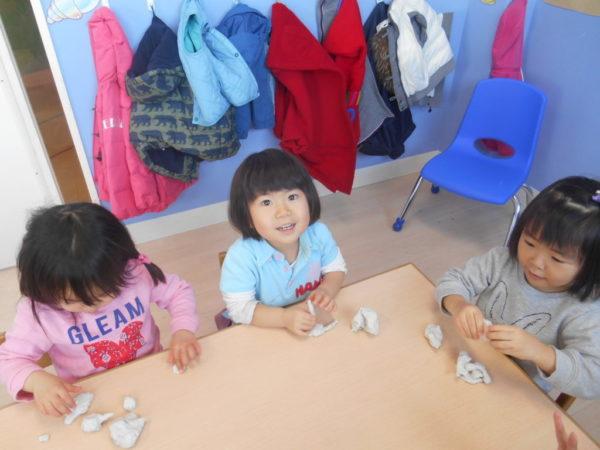 粘土遊びの写真2