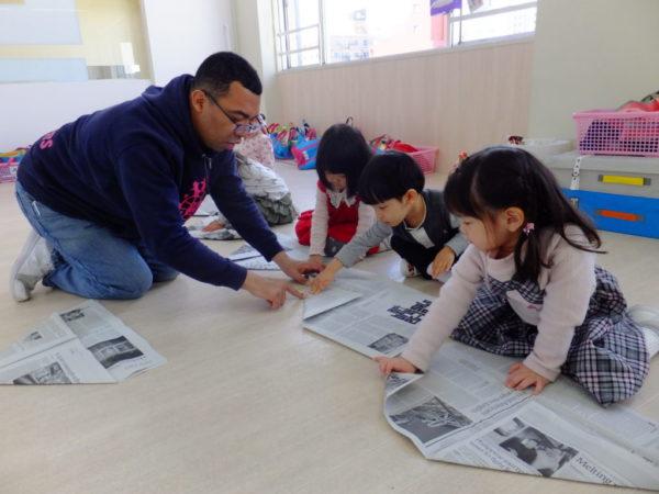 新聞紙クラフトの写真2